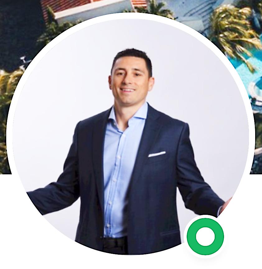 LinkedIn profile picture of financial advisor wearing sport coat in circle design